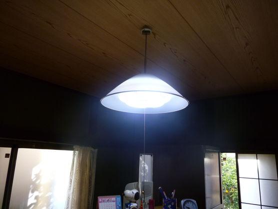 LEDシーリングライト交換工事の画像